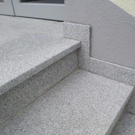 Granit-Pflaster Adrian Black gespalten 4 x 6 cm