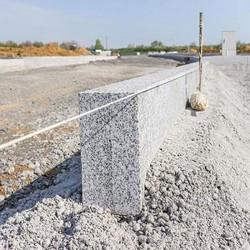 Granit Pfosten Griys Hellgrau 15 x 15 cm 250 cm lang