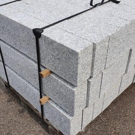 Granit Mauersteine Griys Hellgrau 20 cm hoch gespalten