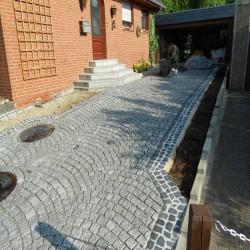 Granit Sitzblöcke Laahs Rot