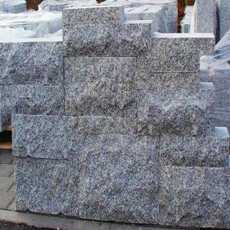 Granit Mauersteine Griys Hellgrau 25 cm hoch gespalten