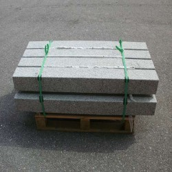 Granit Pfosten Griys Hellgrau 25 x 25 cm