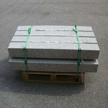 Granit Pfosten Griys Hellgrau 25 x 25 cm Sonderanfertigung