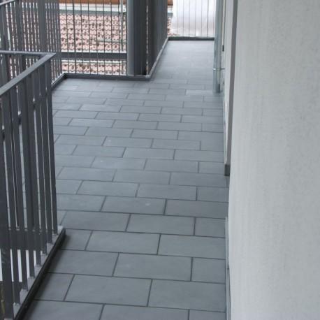 Kalkstein-Pflaster Blancka Flava Weiß gespalten größe 6 x 8 cm