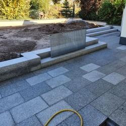 Granit Blockstufen Alvaro Anthrazit 300 cm lang 18 x 35 cm geflammt