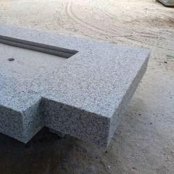 Granit Podestplatte Tiago Gelb 18 cm