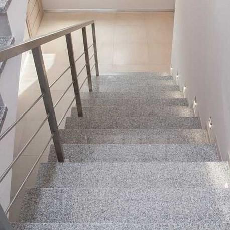 BasaltMauersteine Schwarz 20-25 cm hoch 30 - 60 lang gespalten