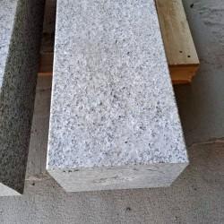 Basalt-Pflasterplatten Johann 6 cm geflammt