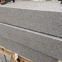 Grauwacke Klein Mauersteine 8 - 12 cm hoch gespalten