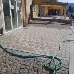Basalt Blockstufen Schwarz geflammt 15 x 35 cm