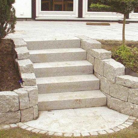 Basalt Palisaden Schwarz 10 x 25 cm